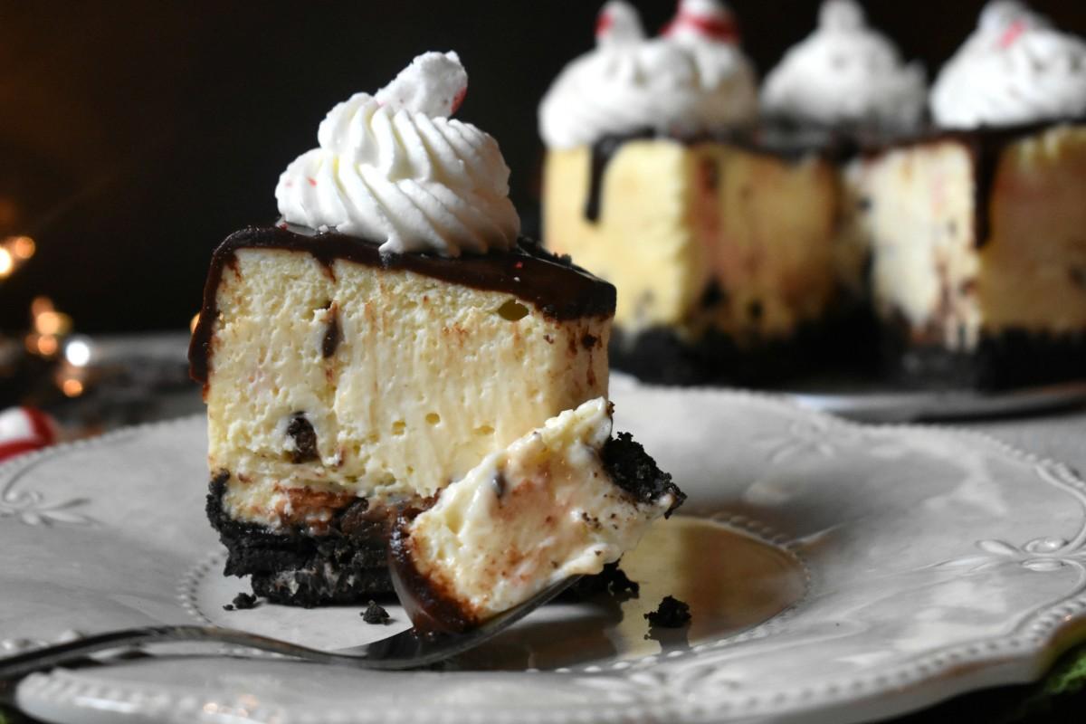 Instant Pot Peppermint Bark Cheesecake Recipe